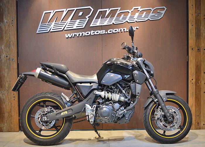 MT-03 660cc – Preto – YAMAHA