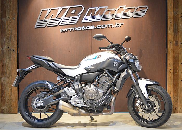 MT-07/MT-07 ABS 689cc – Branco – YAMAHA